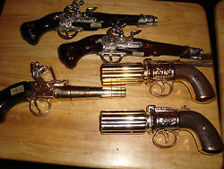 16 Pieces Avon Pistolscars Truck Rooster Turtle Owl Etc All Pictured Decanters