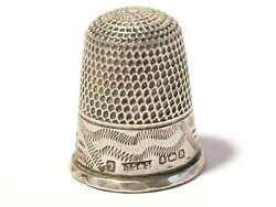 1926 Sterling Silver Thimble Size 7 Engraved Pattern T5