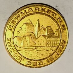 C5547 Newmarket N.h. Gold Plate 29 Town Medal 250th Anniversary 1977