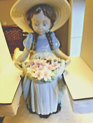 Lladro 6756 Bountiful Blossoms. New In Box - Retail795 Christmas Gift