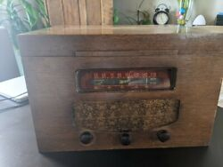 Antique Marconi Record Player And Radio In Excellent Condition.