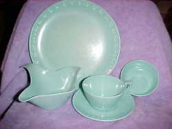 22 Piece Set Texas Ware Mint Green, Cups Saucers, Plates, Gravy Boat, Puddings