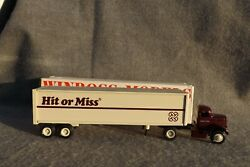 Winross 1983 Hit Or Miss Clothing Stores Diecast Trailer Truck White 9000