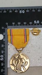 K2976 1941 Us Medal American Defense With Lapel Badge L2a