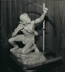 1986 Press Photo Clay Model By Artist Fred Aman Wis. - Mja03564