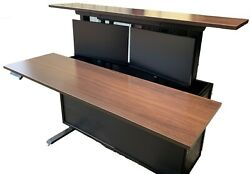 Rv Desk - Rv Dinette - This Multi-use Design Gives You Both In The Same Space