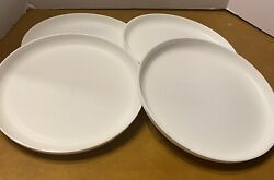 Tupperware 6217a 9 1/2 Round Plates Set 4 Lunch Dinner Dishes Picnic White Used