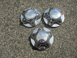 Genuine 2000 To 2002 Lincoln Navigator Center Caps Hubcaps For 17 Inch Wheel