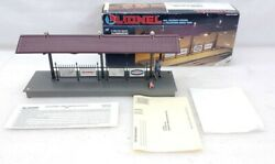 Lionel Trains 6-12748 Illuminated Station Platform With Figure In Box
