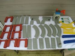 Lionel Little Lines Polar Express Playset Train Parts Supports Tracks 36pcs Nice