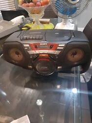 Vintage Sony Cd/radio/cassette Boombox Portable Stereo Cfd-g50 Woofer