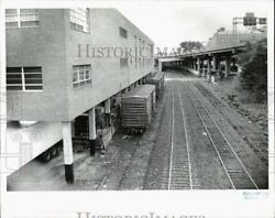Press Photo Train Cars Parked Between Hartford Courant Building And Railroad