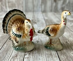 Vintage Farmhouse Turkey Gobbler Tom And Hen Salt And Pepper Shakers Wood Cork Small