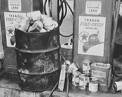 Texaco Fire Chief Gas Pump With Oil Cans Vintage 8x10 Reprint Of Old Photo