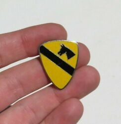 Japanese Md Us Army 1st Cavalry Division Patch Di Distinctive Insignia Pin