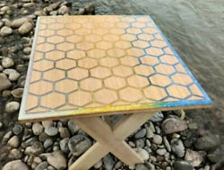 Blue Epoxy Honeycombs Dining Table Top Wooden Acacia Decoratives Made To Order