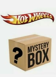 Random Box Of Hot Wheels 30 With At Least 2 Th. Jdmno Duplicates From 2020/2021