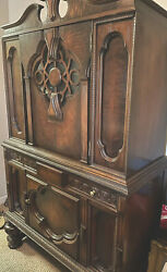 Gorgeous Antique Renaissance Revival Hutch Solid Wood And Veneer. Great Cond