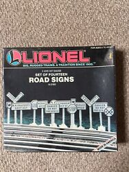 ⭐️lionel - 14 Detailed Road Signs -- 6-2180 New Old Stock, 0 Or 027 Gauge