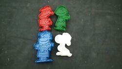 United Feature 4 Vintage Cookie Cutters Snoopy Peanuts Charlie Brown 1970's