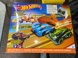 Hot Wheels Challenge Level Slot Car Track Set With Cars Works Missing 2 Pieces