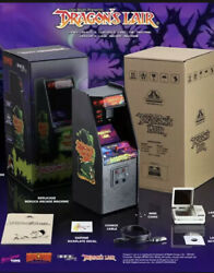 Dragon's Lair Replicade New Wave Toys 16 Scale Mini Arcade New Sold Out