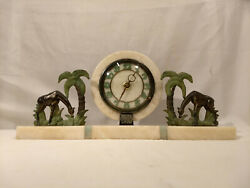 1930s French Art Deco Onyx Marble Mantle Clock With Giraffes - Works
