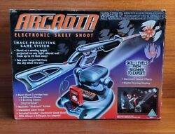 1998 Toymax, Inc. Toymax Arcadia Electronic Skeet Shoot Game Console System...