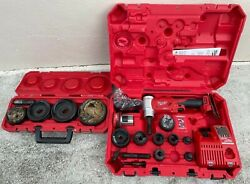 Milwaukee 2677-23 M18 Forcelogic 6t Knockout Tool Kit 1/2 To 4 - Great Shape