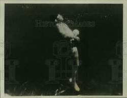 1939 Press Photo New Lifebelt Expands Causing Swimmer To Rise Toward Surface