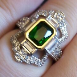925 Sterling Silver Extravagant 925 Silver Ring With Green Gem Sizeo