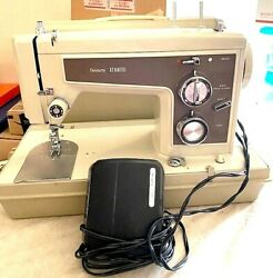 Vtg 70's Sears Kenmore Portable Sewing Machine-model 158.14301-works-read All