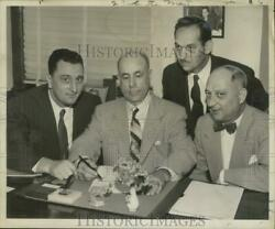 1953 Press Photo Kenneth J. Colomb And Vieux Carre Civic Association Co-officers
