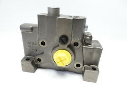 New Valve Section 463 0650 062421 0651902
