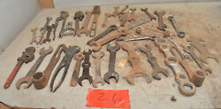 25 Vintage Farm Tractor Implement Mechancis Wrench Collectible Early Tool Lot Z6