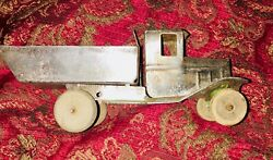 Wyandotte Pressed Steel Toys Dump Bed Army Truck I Believe Was Green. Primer Now