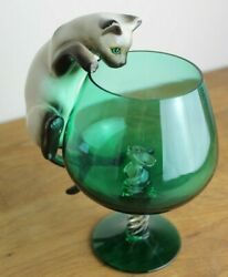 Vintage cat and mouse in a glass Siamese pussycat pussy