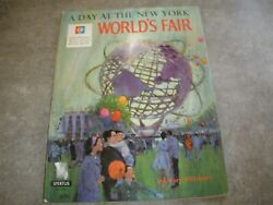Vtg 1964 -1965 Official Story Book A Day At The New York World's Fair Pillsbury