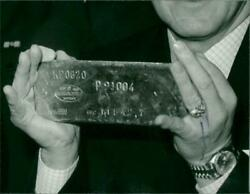 1982 - Gold Bars Coins Etc Weight Russian, London, - Vintage Photograph 3888586