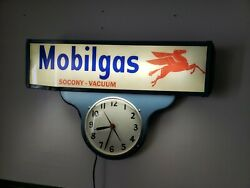Antique Metal Glass Mobil Socony Gas Oil Lighted Sign Clock