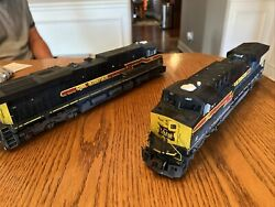 Mth Professionally Weathered Iais 507 Power And 510 Non Powered Diesel Locomotive