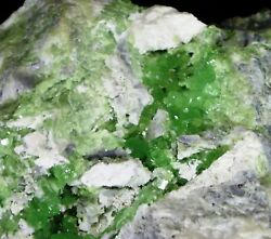 RARE ANDRADITE DEMANTOID GARNET Mineral Specimen LAB mine Black Lake CANADA