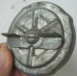 Vintage Oe Stant 70and039s 71-75 Ford Tbird Montego Cyclone Cougar Sm Logo Gas Cap