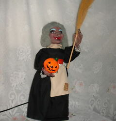Vintage Animated Telco Motion-ette Halloween Witch Store Display