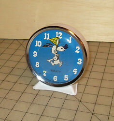 1958 SNOOPY With a Butterfly Net Equity Alarm Clock Charlie Brown 4 Display