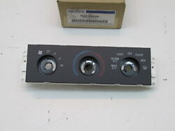 2007-2011 Ford Crown Victoria OEM Climate Control Housing F8AZ-19980-AA