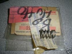 Nos Yamaha Rd400 Dt400 Throttle Stop Spring 493-14133-00