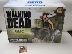 Gentle Giant Exclusive Statue Daryl Dixon W/ Wolves The Walking Dead 1 Of 200