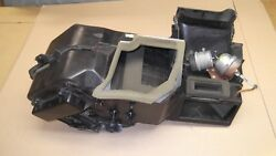 ★★1995-97 TOWN CAR OEM IN DASH HEATER BOX CLIMATE CONTROL BLEND DOOR HOUSING★