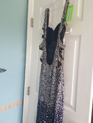 Jasz designer prom dress. Size 4 but fits size 2. Comes with free $25 dress bag.